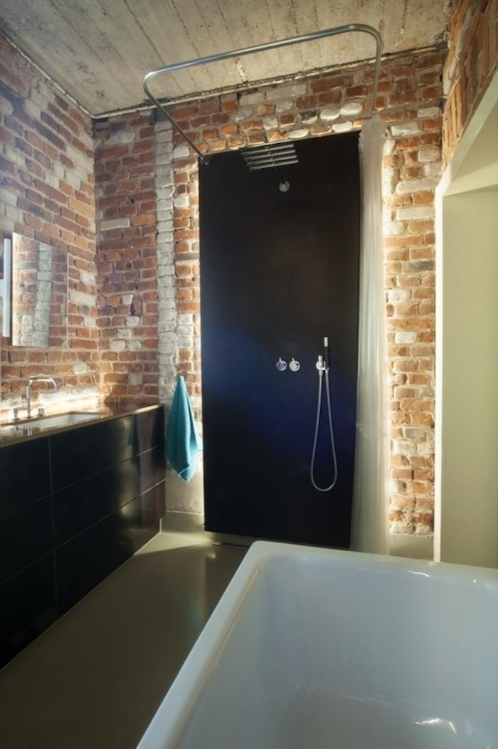 Stadtloft_Bad ohne Fliesen Dusche