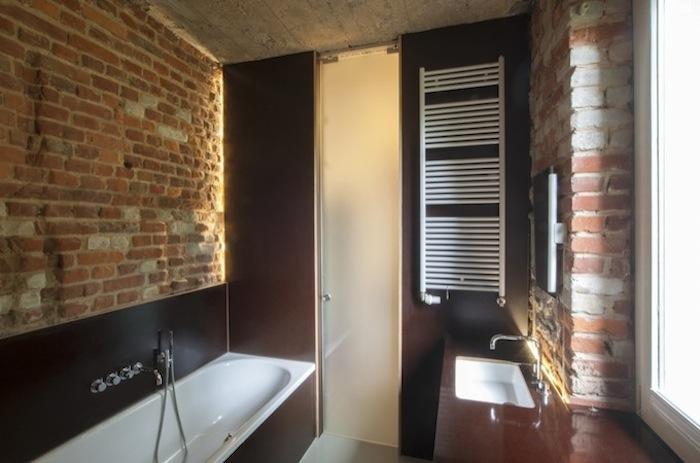 Stadtloft_Bad ohne Fliesen Glastür