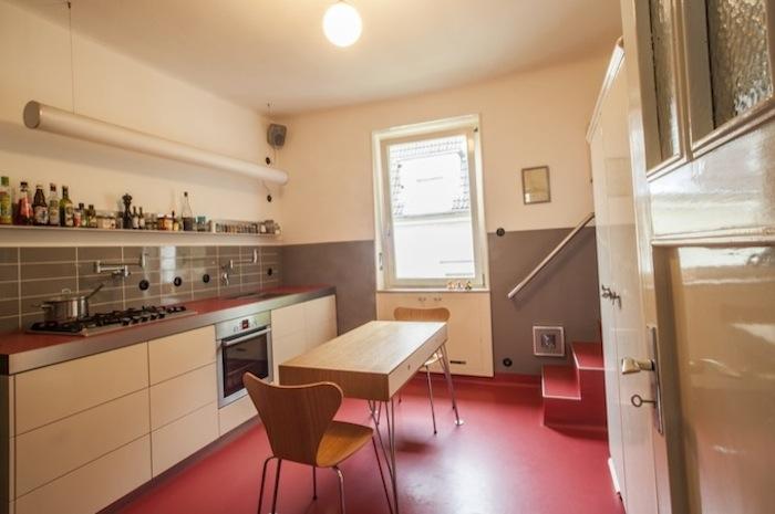 Stadtloft_Küche Lino rot